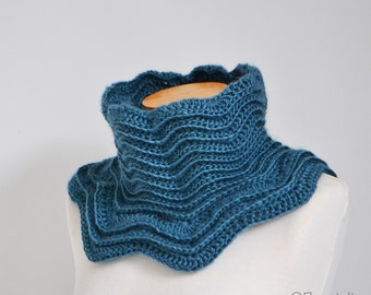 Blue crochet cowl,  P501