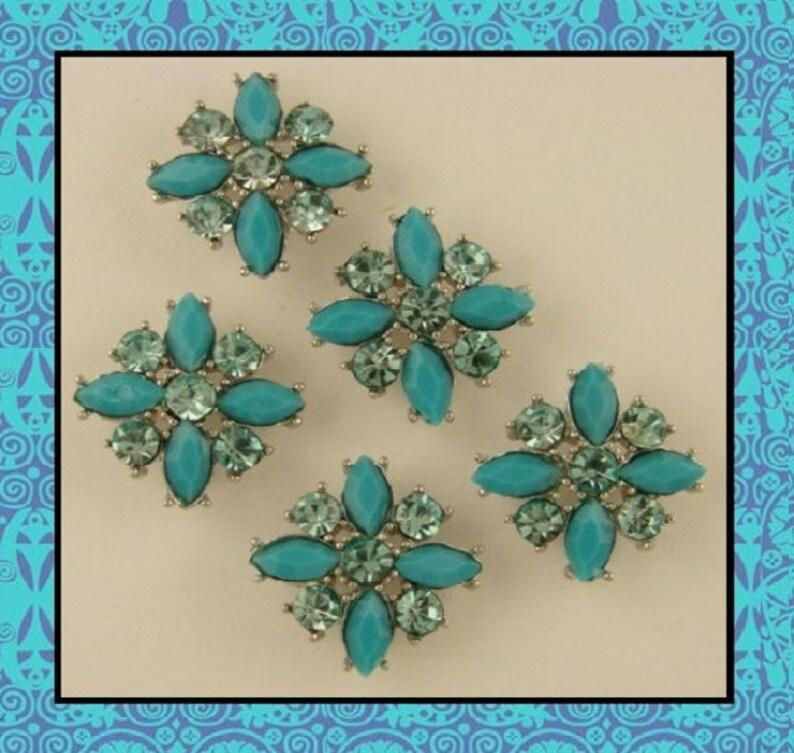 cc3563525 2 Hole Beads Flowers Floral X Shapes Turquoise w/Aqua   Etsy