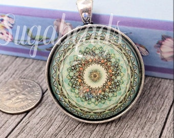 ART: Jewelry & Pendants