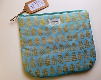 Large gold pineapple print pouch