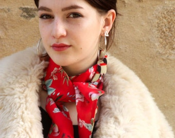 Scarf, Ascot, tie women, two-tone, red with large peony flowers and checkered graphic crepe Viscose. Slice of wool