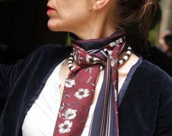 Lavallière, Cravate Femme, Blue-Brown Scarf with Flowers and Stripe Marine Cotton and Viscose.
