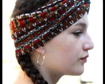 Brown ethnically patterned headband-Turban. Headband woman hairstyle in stretchy jersey. Tartine de Laine