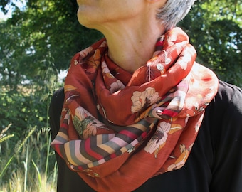 Infinite female scarf Orange red Copper and pink , Anemone flowers and stripe, woman stole in muslin. Light scarf. Tartine de Laine