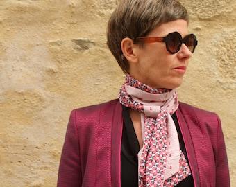 Scarf, Lavallière, Cravate Femme, Crépon Rose plumetis burgundy Look retro Cravate in Viscose-acetate