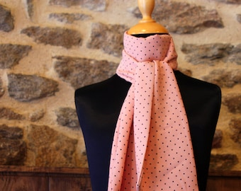 Scarf, Ascot, tie women, Rose Saumon, in black Viscose crepe.