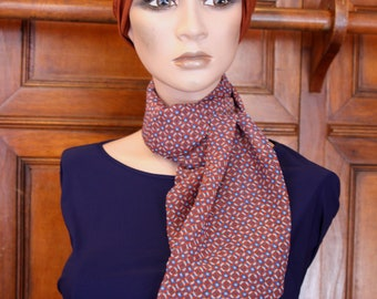 Woman Blue Rose-Brown-patterned rosette veil viscose scarf. Tartine discreet women wool scarf. Thin scarf