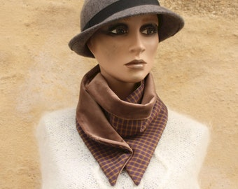 Button collar, collar scarf with Brown and Purple Carreaux and Brown Interior Velvet. Collar winter woolly scarf and cotton.