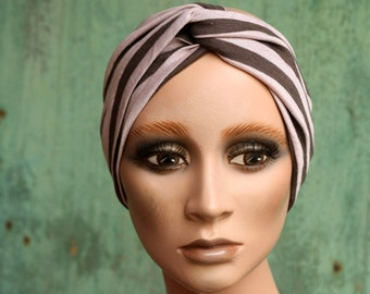 Woman's headband with powder pink stripe and taupe grey. Headband original hairstyle in cotton jersey. Tartine de Laine