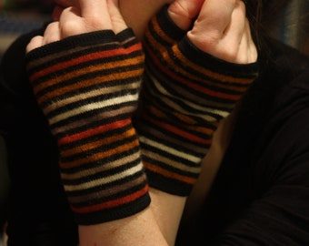 Wool and cotton mitt, short orange striped with cotton jersey. Wool Tartine