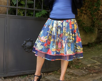 Skirt New Fifties blue patterned characters and flowers of the Islands. original design pleated skirt. Rock Rockabilly Swing skirt