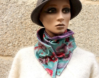 Button collar, green-blue velvet scarf printed flowers and Birds and Velvet Uni Violet. Laine Tartine Col Scarf