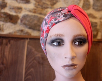 Turban-style headband, Pink Retro Hairstyle and Flowers in Viscose and Cotton Jersey. Headband flowering woman.