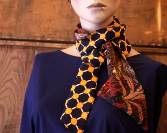 Women's scarf Rosace Yellow Mustard / Marine and foliage Fauve in Muscose mousseline and Acetate. Tartine de Laine