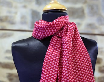 Scarf, Ascot, tie women, pink with small diamond viscose chiffon. Slice of wool