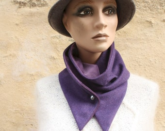 Button collar, collar scarf in Violet wool drapery and Violet Interior Velvet. Collar winter woolly scarf and cotton.