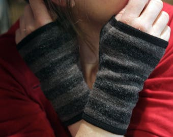 Mittens light gray - dark grey stripe cotton knit. Tartine wool fingerless gloves