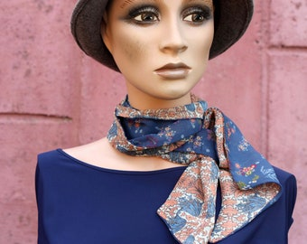Bicolore woman scarf with orange and gold blue flowers, Hippie Chic in viscose muslin. Laine Laine Floral Tartine