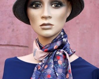 Long scarf and thin powder pink and purple floral, Lavallière or belt in women's fabric in acetate and viscose.