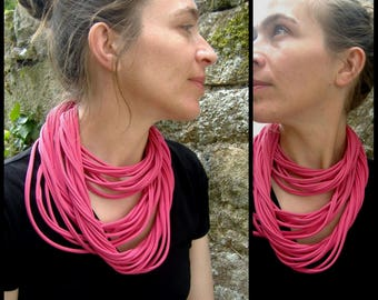 Necklace Indian pink Lycra MULTISTRAND necklace. Slice of wool
