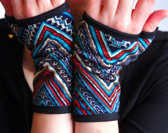 Short glove graphic Blue Orange patterned Cotton Jersey. Mittens women gloves.