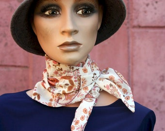 Long scarf and fine pink powder-beige patterned cashmere viscose muscose, women's lavallière, hair scarf or belt