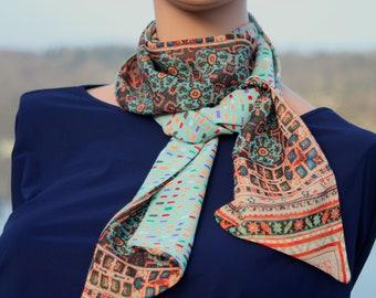 Printed scarf, Lavallière Femme, Bleu Turquoise and Orange-Brun in muslin. Laine tartine.