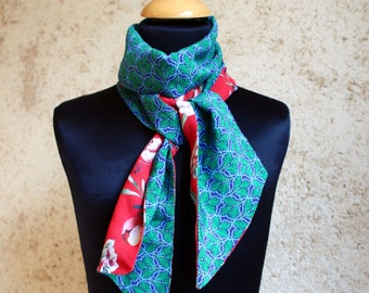 Scarf, Ascot, tie women, bicolor red and blue-green duck with peonies flowers. Bread and wool scarf spring women
