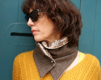 Scarf with buttons. Tortoiseshell Brown herringbone wool and velvet collar. Slice of wool