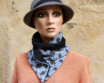 Button collar, cotton collar scarf mixed Wool and Acetate Patterns Jacquard Blue and Blue Night. Winter scarf collar.