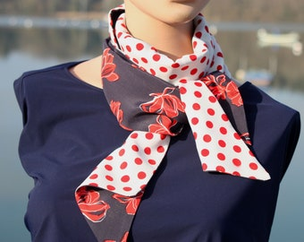 White woman scarf and Navy blue with polka dots and red bow, navy style. Tartine de Laine