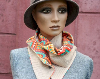 Button collar, velvet scarf in multicolored diamond print and Beige Rosé Wool Drap. Winter scarf collar.