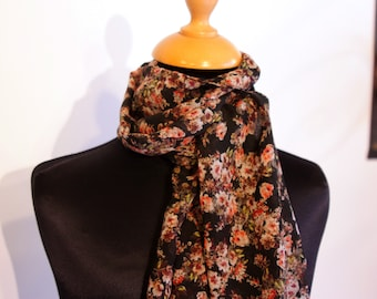 Scarf, Ascot, tie woman, romantic black-green-Orange Retro flowers. Viscose chiffon. Slice of wool