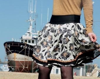 Original Retro Rockabilly black Ecru Tan skirt Fifties design skirt. Pleated skirt