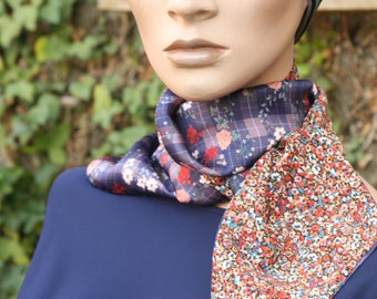 Women's scarf Violet Rose Orange with Flowers in Satin and Cotton, Lavallière with Flowers . Tartine de Laine