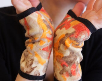 Short mittens, wool Orange-Tan patterns cotton lining. Mittens women gloves