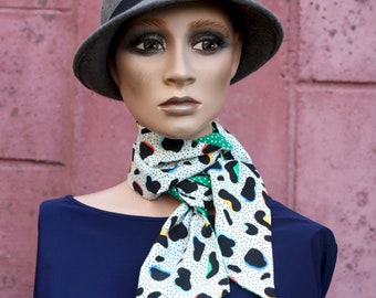Long reversible black and green white scarf, patterned stars and Black and White Panther, Women's Lavallière in Acetate and Cotton.
