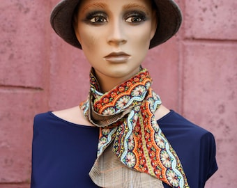 Scarf, Lavallière, Orange Fresco and Peas in Musline de Viscose and Prince of Golden Galle. Men's and Women's Lavallière Laine Tartine