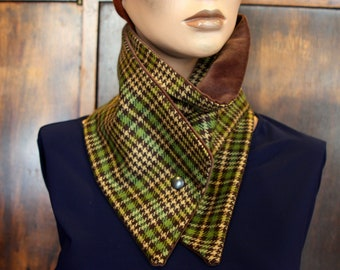 Collar buttons, velvet and wool scarf-collar. Wool Tartan green-brown mustard and velvet collar Choker Brown. Slice of wool