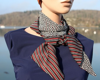 Black White and Red Lavallière scarf with Stripe and Little Heart in Satin and Mousseline de Viscose. Wool Tartine
