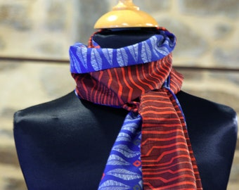 Scarf, Ascot, tie women, two-tone rust-Orange and blue feather pattern. Slice of wool