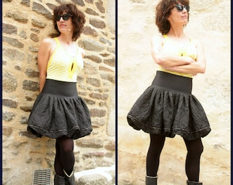 Pleated ball skirt black flowers in Relief. Bias skirt creating woman Black Brown. Rock skirt