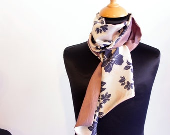 Scarf, Ascot, tie women, bicolor patterns Floral Satin and taffeta Rose Mauve. Slice of wool