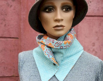 Button collar, lay scarf and tapestry. Wool collar Light blue striped grey and Cotton with orange and blue patterns.