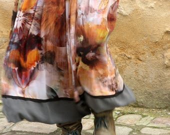 Long skirt patterned Floral blur, chiffon, Viscose and Microfiber. Slice of wool