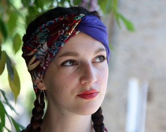Headband Bandeau-Turban Bicolore Bleu and Bordeaux with floral and bird motifs. Retro Turban Hairstyle