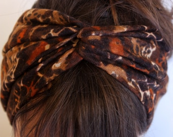 Twisted crossband, Brown Brown turban-style hairstyle in Jersey Tricot. Tartine de Laine
