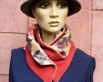 Button collar, pink velvet collar scarf, floral print and Birds and Drape de Laine Rose Bordeaux .
