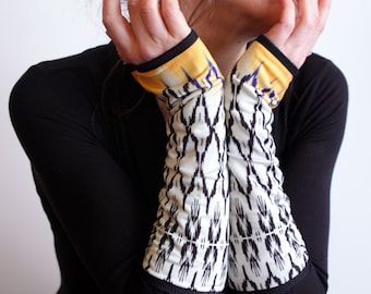 Long mittens, black white geometric yellow pattern double cotton Lycra. Mittens women wool sandwich
