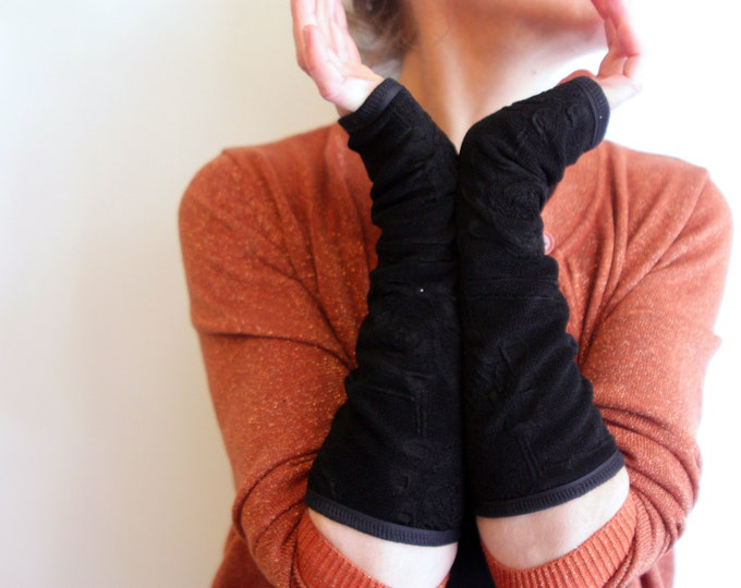 Featured listing image: Long mittens black flowers in Relief. Lined Mitt classic black Lycra and cotton jersey. Slice of wool